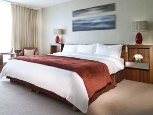 2 bed Room in Grand Hotel Kempinski, Geneva